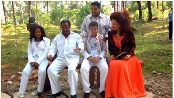 http://www.nkul-beti-camer.com/IdenJournal/1-1285720475-Paul-Biya-Famille.jpg